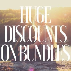 Bundle for a special discount! 💴 🛍🎉💗